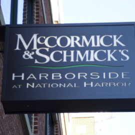 oregon restaurant, mccormick & schmicks, architectural signs, blade sign