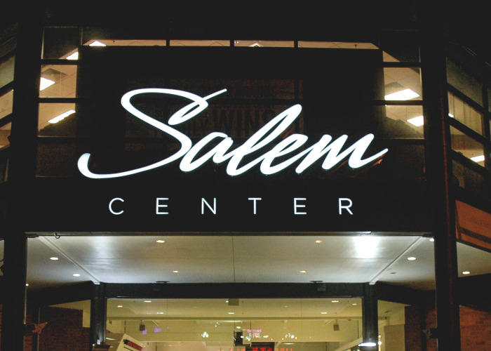 salem sign company, salem signs, salem center mall, outdoor retail signage, retail signage